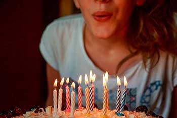 Felicitaciones De Cumpleaños Con Frases Originales